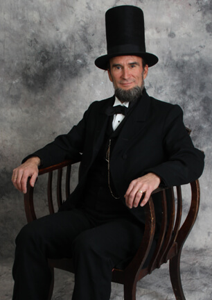Abraham Lincoln To Visit Roxborough!