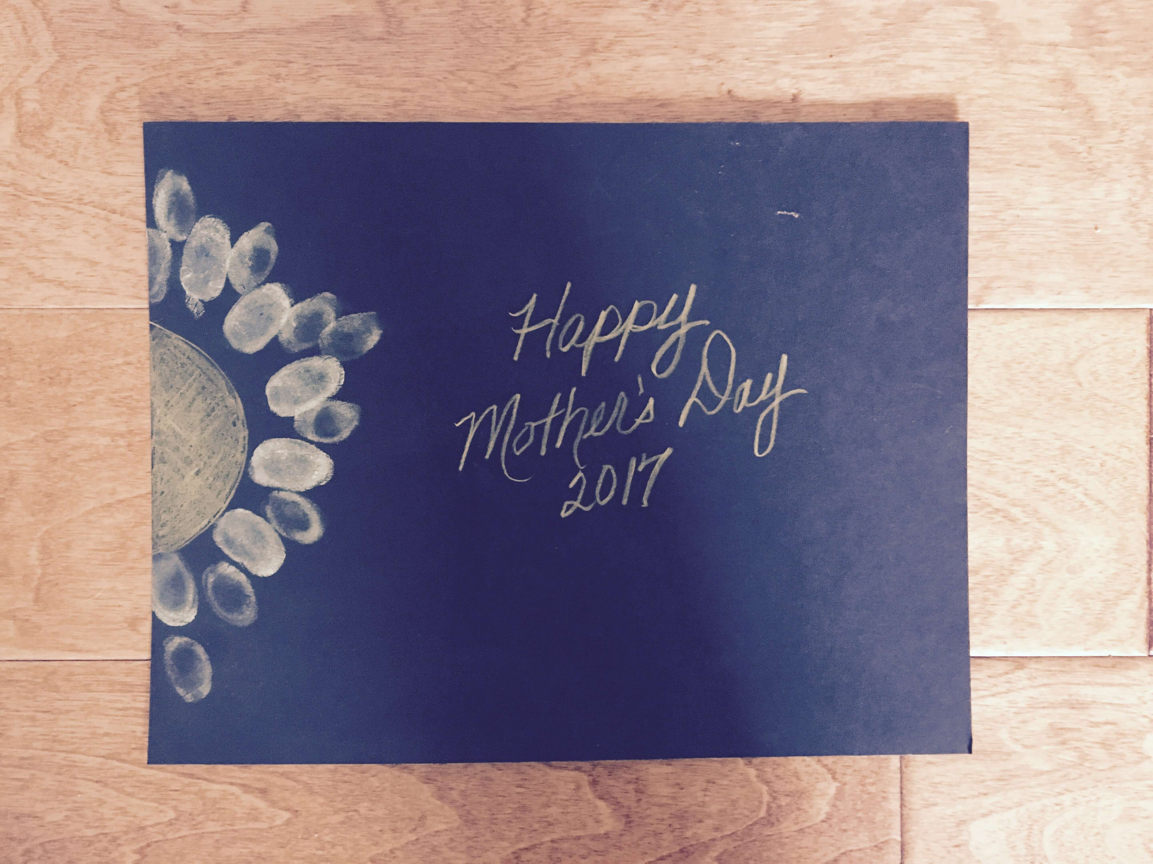 Rox Arts Council Hosts Mothers Day Make-and-Take Event